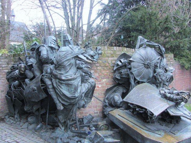 dusseldorf history sculpture
