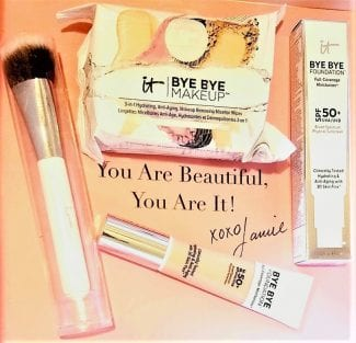 IT Cometics Bye foundation Full coverage moisturizer, brush and makeup remover wipes